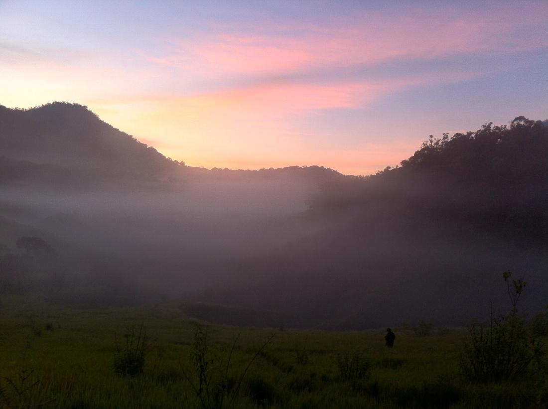 Semburat matahari pagi yang bikin merinding
